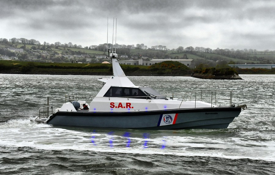 VESSEL REVIEW   Self-righting patrol and SAR craft for Future Defense USA