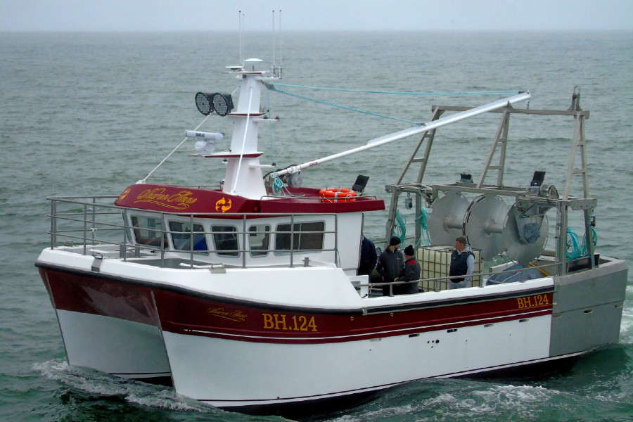 VESSEL REVIEW   Sharon Anne – Catamaran trawler combines Irish innovation with traditional quality