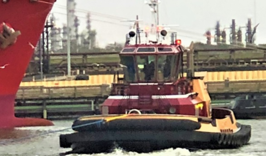 Eastern Shipbuilding Delivers First Of Two 24m Tugs To