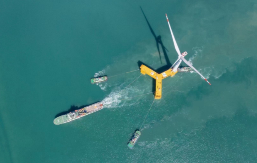 COLUMN   The dragon rises: Siemens Gamesa; Iberdrola; Japanese and Chinese floating wind; a solar panel warning [Offshore Accounts]