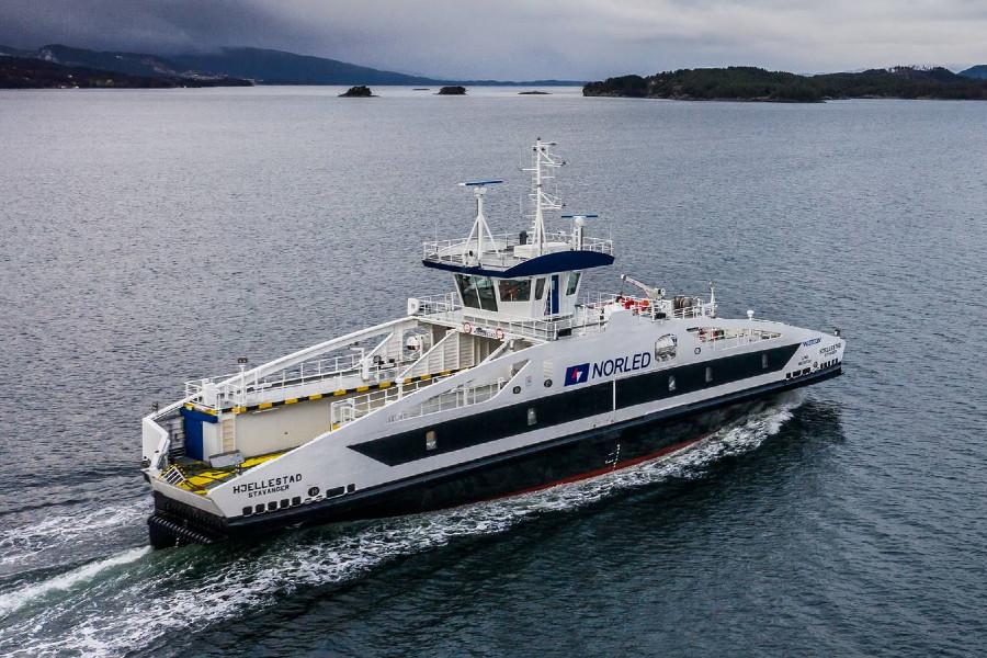 VESSEL REVIEW | Hjellestad – 43-metre hybrid-electric ferry to serve Norway's Vestland County