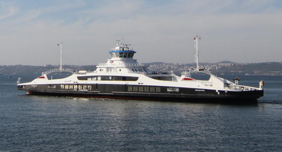VESSEL REVIEW | Rødvenfjord – Fjord1 double-ender features hybrid power and autonomous sailing modes