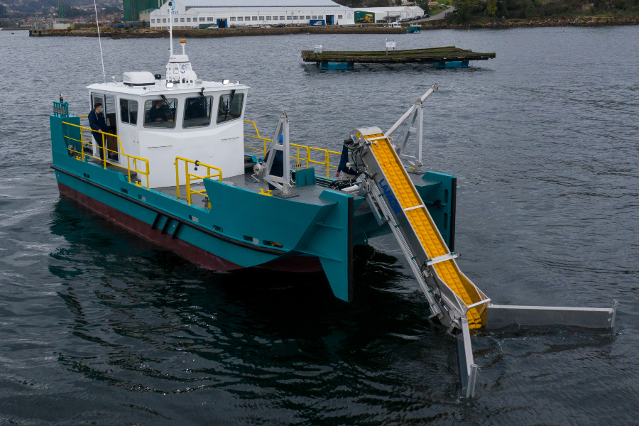 VESSEL REVIEW | Spanish-built oil spill response boats to serve Panama Canal