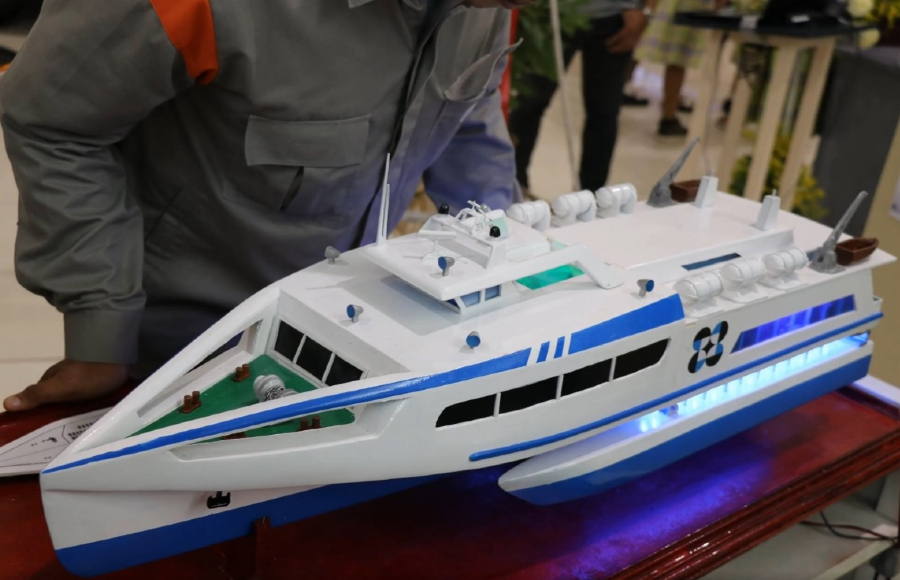 FEATURE | Filipino shipbuilder embarks on wave-powered trimaran ferry project