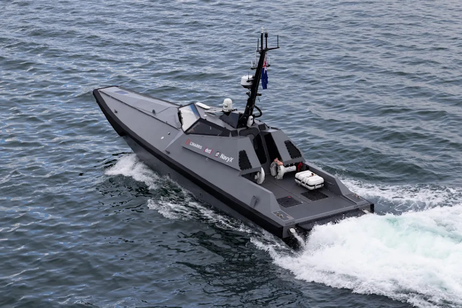 VESSEL REVIEW   Madfox – USV designed for surveillance and force protection missions