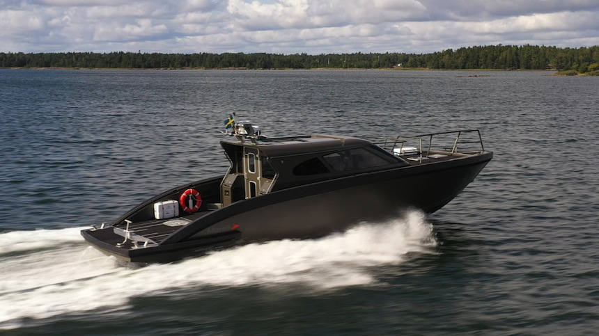 VESSEL REVIEW | Swedish high-performance interceptor features fully integrated propulsion and electronics