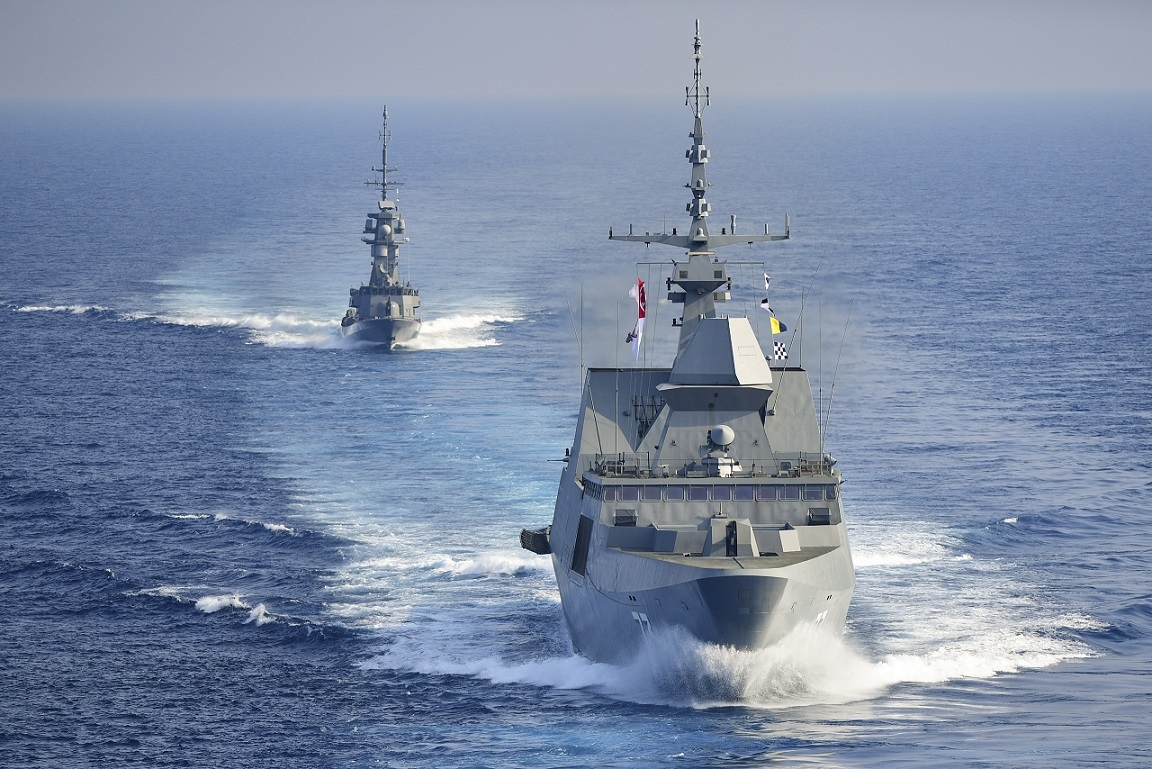 Column Republic Of Singapore Navy On Course For