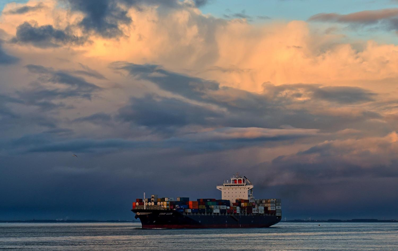 MarineTraffic.com/C.van der Have