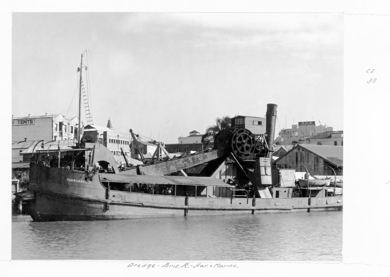 Dredger in the Brisbane River, circa 1949