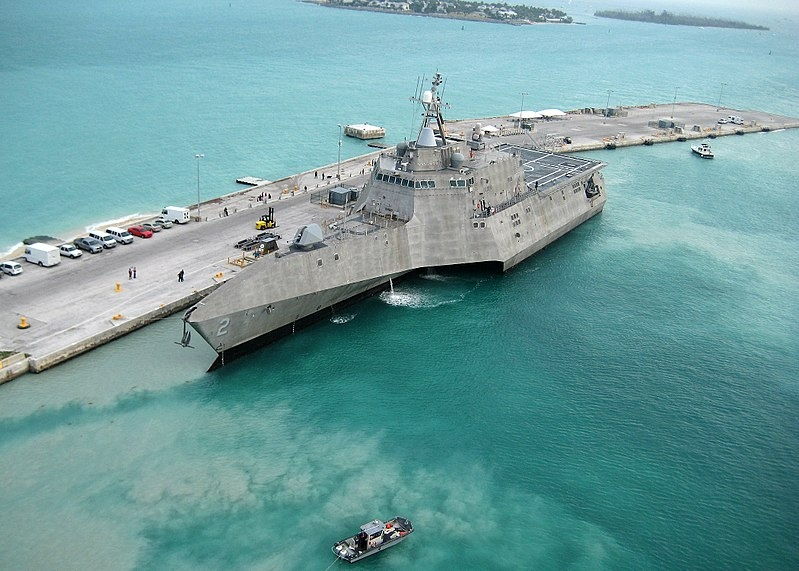 Image: US Navy photo by Naval Air Crewman 2nd Class Nicholas Kontodiakos