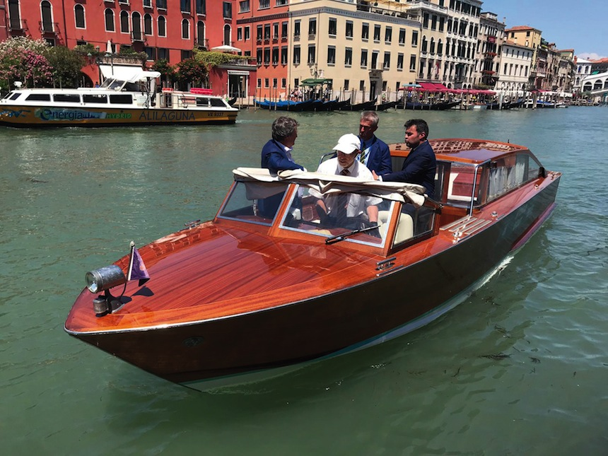VESSEL REFIT | Hybrid water taxi for the mayor of Venice